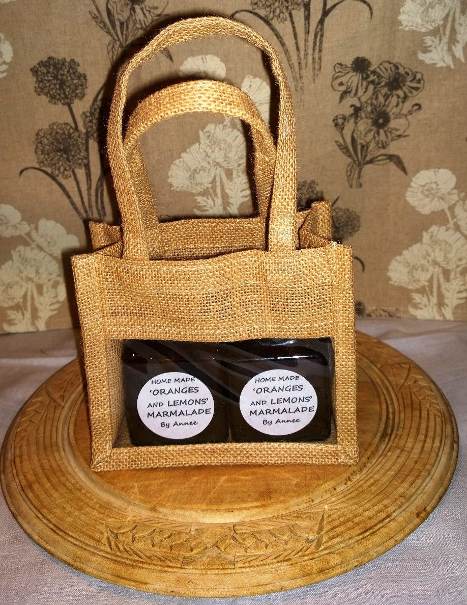 Natural hessian bag with two 8oz jars